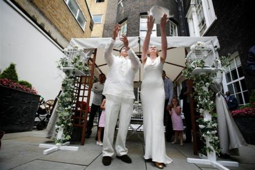 fern-and-anthony-chandos-house-london-w1-26th-july-2008